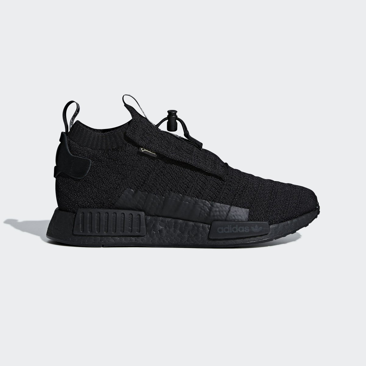 07694e58620ac Available early on  SSENSE. adidas NMD TS1 Primeknit Goretex. adidas NMD R1  Ripstop. —  https   bit.ly 2Pp3k5L pic.twitter.com xbEvDKF6kN