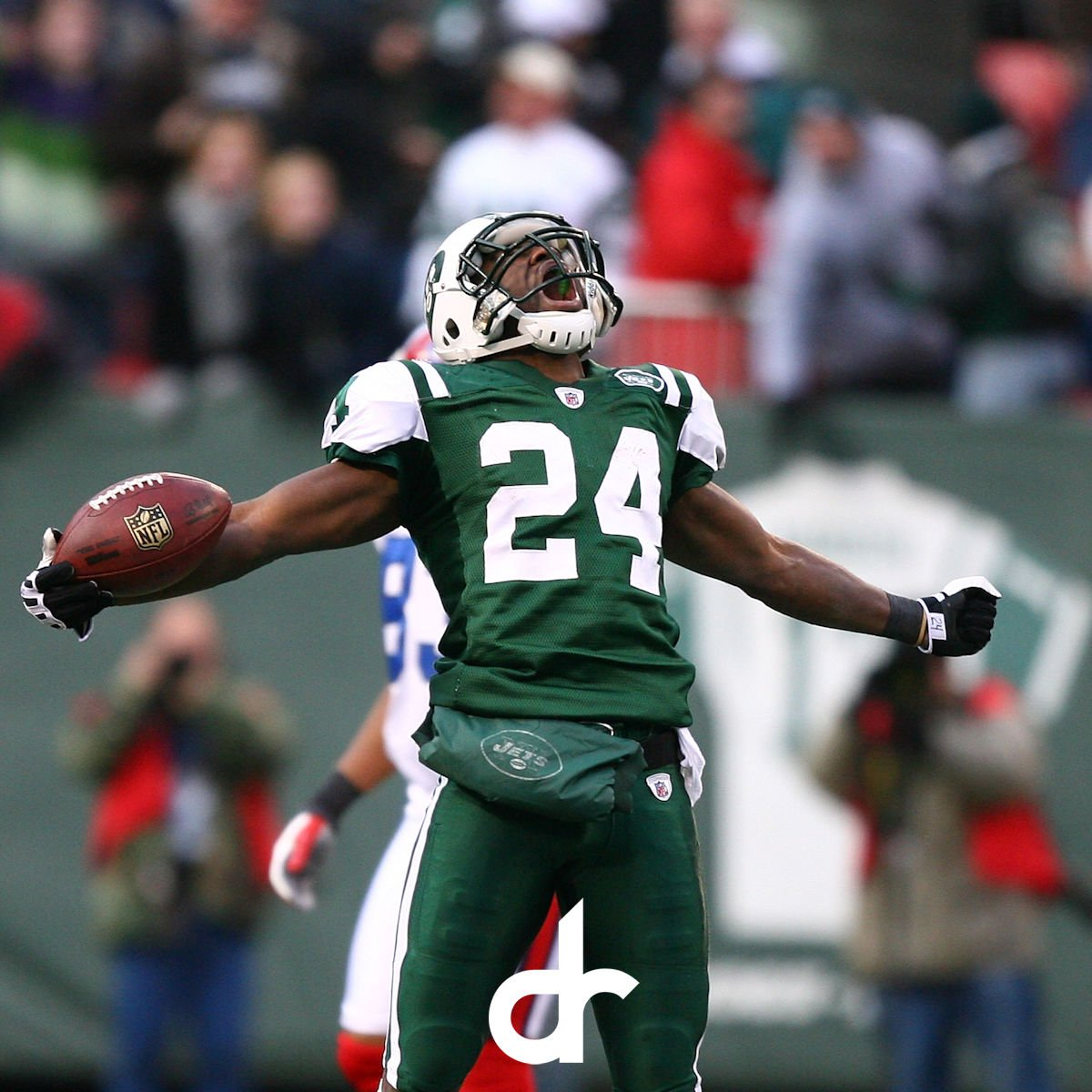 Heading into the weekend like... #fridaymood #revisisland #darrellerevis