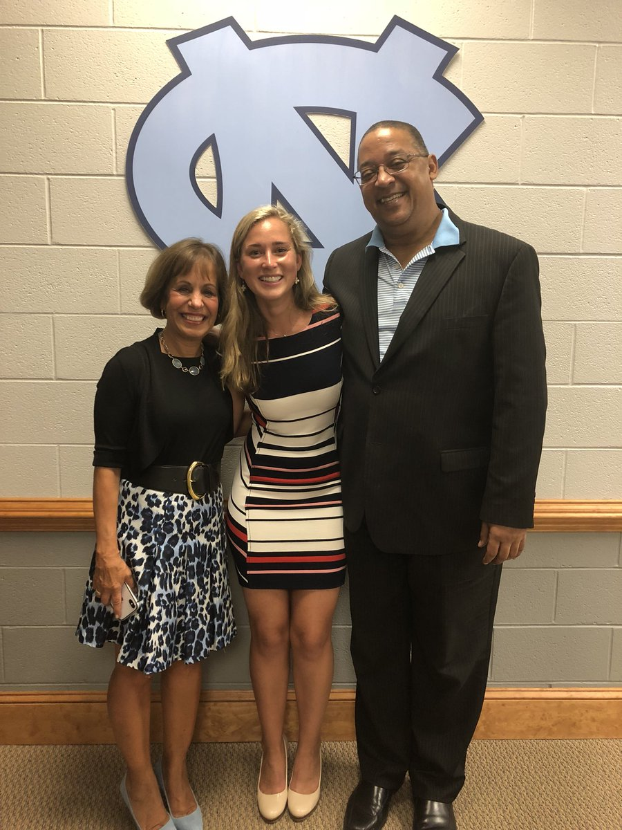 Special thank you to our #UNCWow18 Convocation guest speaker Meghan Lyons ('13). From All-American field hockey player to Google brand marketing director, you are a role model to many! https://t.co/xQDdIY0Kbg