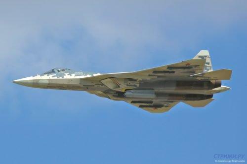 مقاتله Sukhoi T-50 PAK FA سيتغير اسمها الى Su-57  - صفحة 4 DlAWVsDUYAApj-0