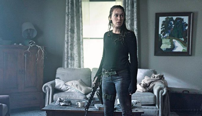 #FearTWD just dropped a stunning new Emmy-worthy episode headlined by @DebnamCarey: Photo