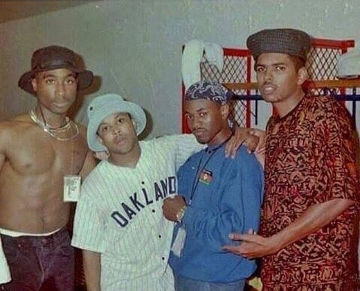 A young Tupac when he was breaking into the industry with Digital  Underground. #OGLegacy #Tupac #tupacshakur #2pac #moneyb #shockg  #humptyhump #humptydance ...