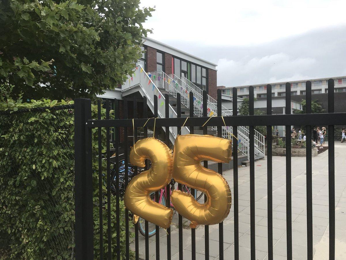 test Twitter Media - RT @Walsprong: @Walsprong viert vandaag het 25-jarig jubileum. De hele dag feest! Mooie eerste schooldag. https://t.co/2zo9cwxOZj
