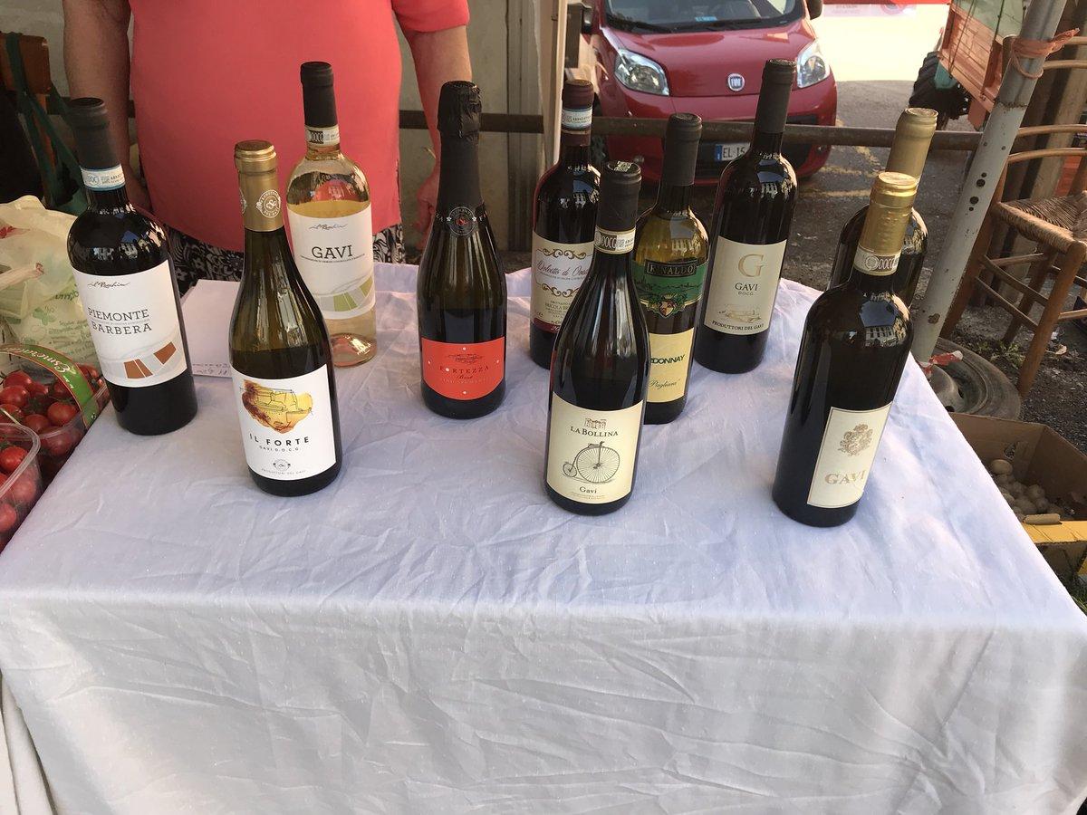 Vini del basso Piemonte, Gavi il grande bianco Piemontese! Lo puoi acquistare qui  https:// www.divinoilvinowineshop.com/i-vini/ #sommelier #madeinitaly #vino #vinobianco #vinorosso #wine #winelovers #divinoilvinowineshop #gavi #ecommerce #shoppingonline  - Ukustom