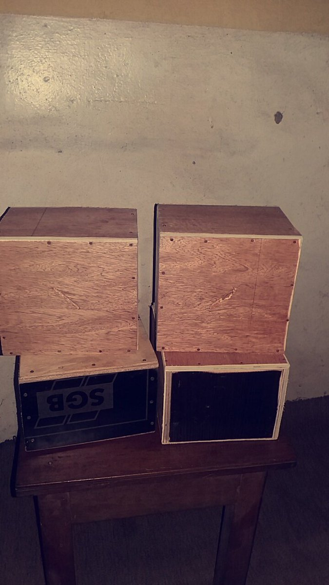 Hello tweet fam My name is Clara Abbey Based in Portharcourt I sell saving box,for saving money It goes for 1k(one thousand naira) And i deliver nationwide.. Please i need your retweets @SellitinPHC @TWEETEST_BOI