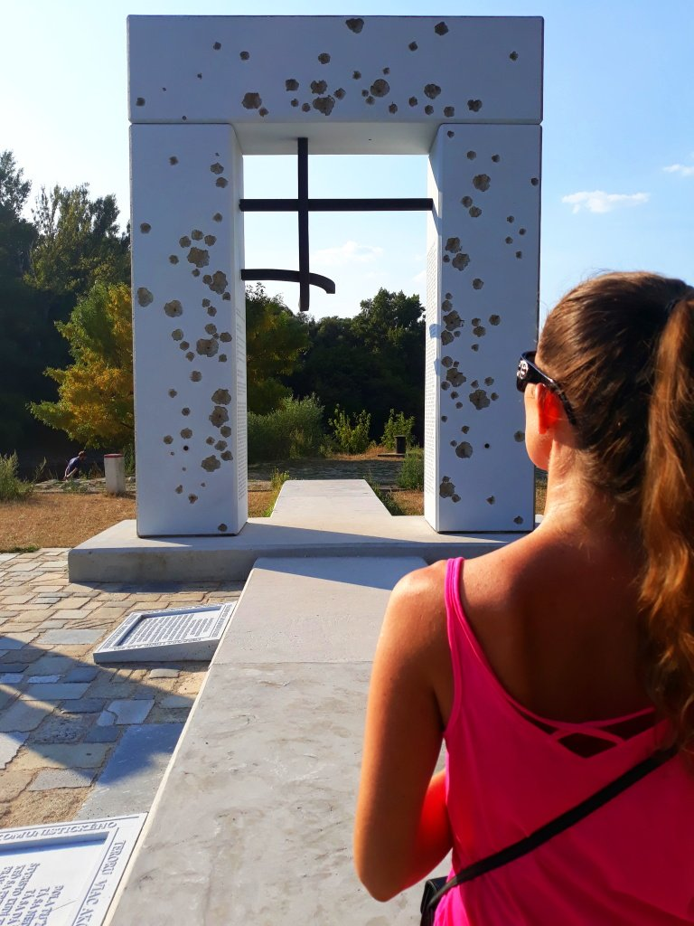 Our #Slovakia has a lot of #memorials from #Socialism. Gate of #freedom is a moving #memorial to the people who were shot trying to break through the Iron Curtain in their attempt to reach Western #Europe. #Devincastle #Bratislava. <br>http://pic.twitter.com/P5CYGSiWy5
