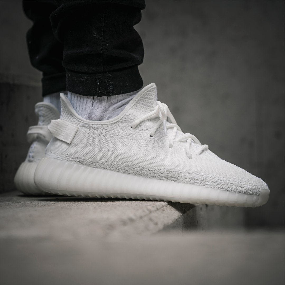 2319a9c916e adidas alerts on Twitter