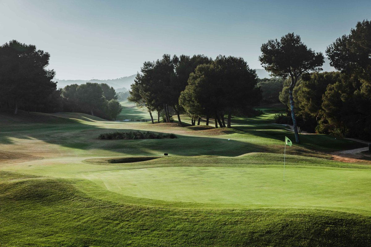 Our annual Golf Open is underway! ⛳⛳This edition will take place from 3rd to 8th of August. Click here for more information bit.ly/golfopen18 #lamangaclub #golf #opengolf