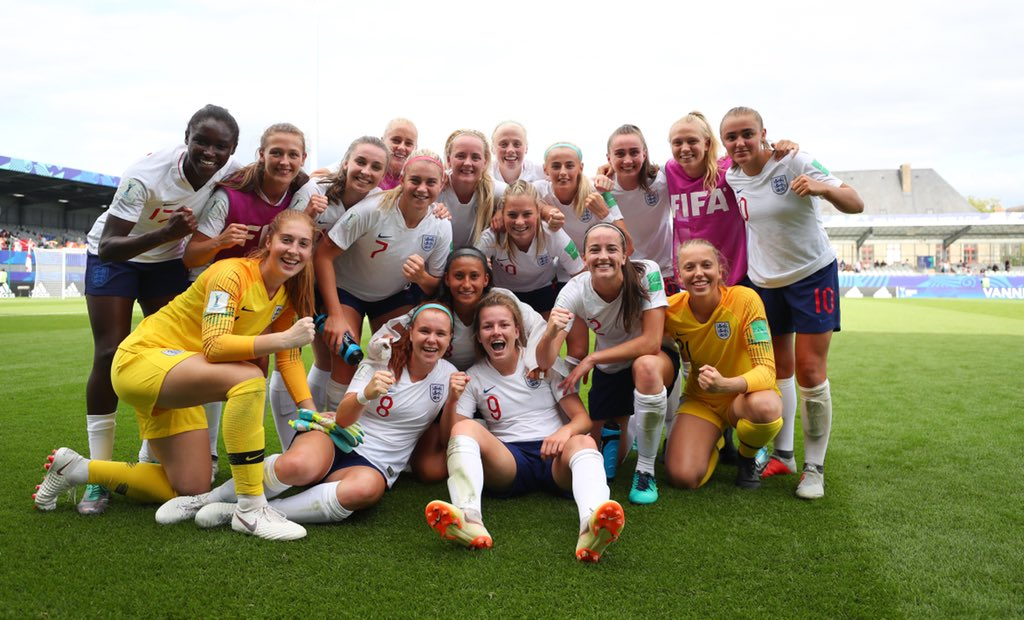 World Cup semi-final ready... Good luck #YoungLionesses!! Get behind them today from 3pm on Eurosport 1 🤩