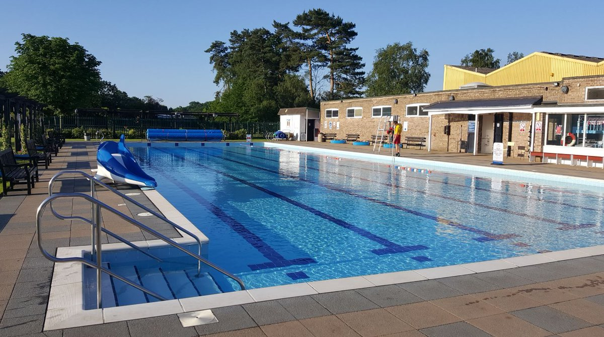 The Vale Guest House is just a short stroll from the heated swimming pool at Jubilee Park, a fantastic day out for the whole family.  http://www. thebandbdirectory.co.uk/3668  &nbsp;   #WoodhallSpa #Lincolnshire #SwimmingPool #FamilyFun #Holidays #JubileePark @JubileeParkWood<br>http://pic.twitter.com/pNYWLr4n53