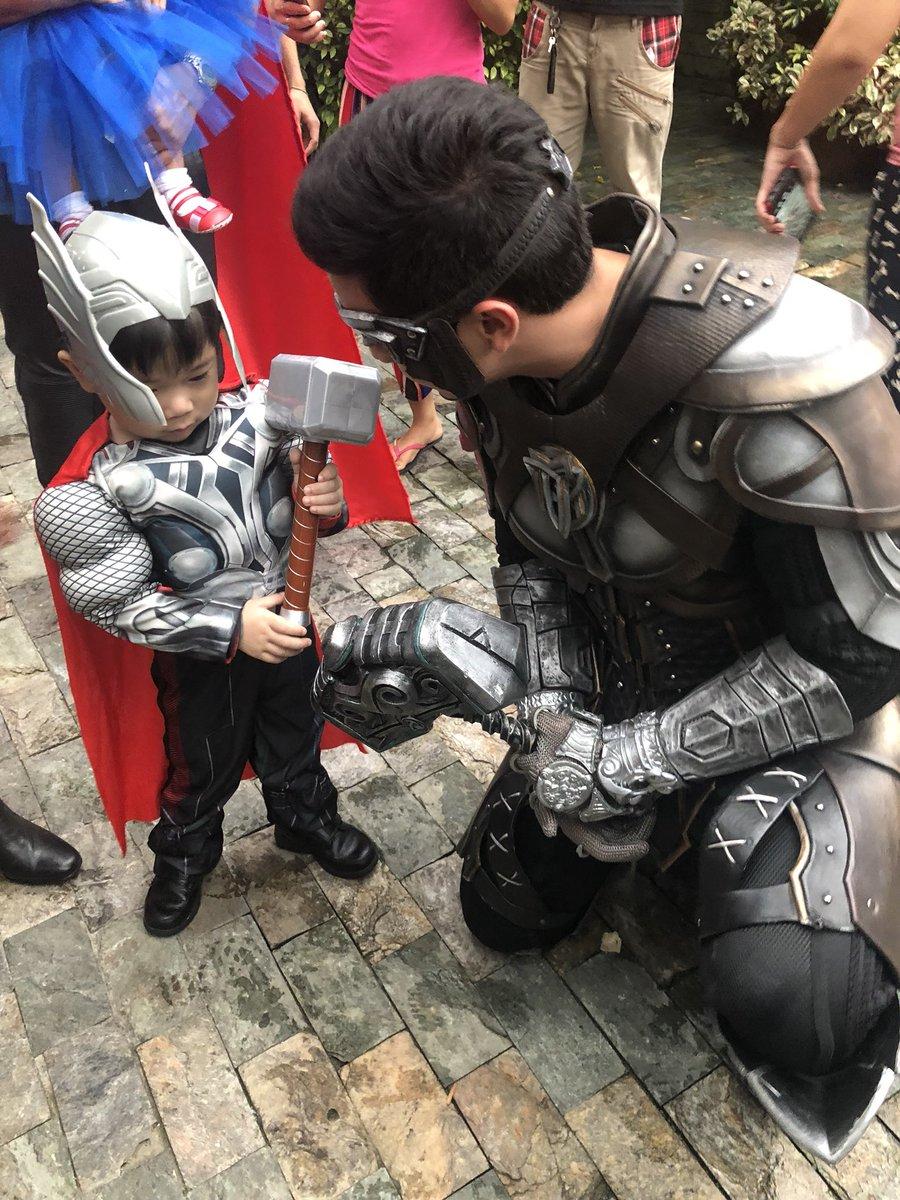 When Hammerman meets Baby Thor. #VMMikolai 😍⚡️