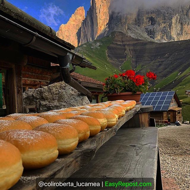 """Repost By @coliroberta_lucamea: """"Colazione per tutti......buona giornata #goodmorning #buongiorno #instagramers #view #mountains #landscape #delicious #fever_seasons #krafen #bomboloni #airfresh #nature #italia_stop #italiainunoscatto … https://ift.tt/2nQHZGT  - Ukustom"""