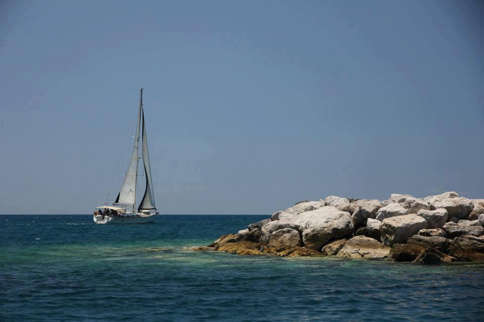 #Agosto #Grecia Vela e Mito SULLE ROTTE di ULISSE! #Crociera in #Flottiglia con partenza da Lefkas e sbarco a Corfù... Affrettatevi Ultimi Posti... Info e prenotazioni... http:// www.imbarcoindividuale.com/vacanze-in-barca-grecia-isole-ioniche-corfu-lefkas.html  - Ukustom
