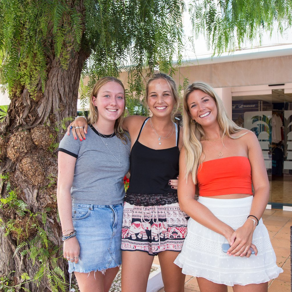 People ask us why we return to @lamangaclub all the time? Its partly to do with the fabulous setting great bars, restaurants and sport. However the main reason is the people. Being surrounded by family, friends and seeing people with smiles on their faces is amazing #lamangaclub