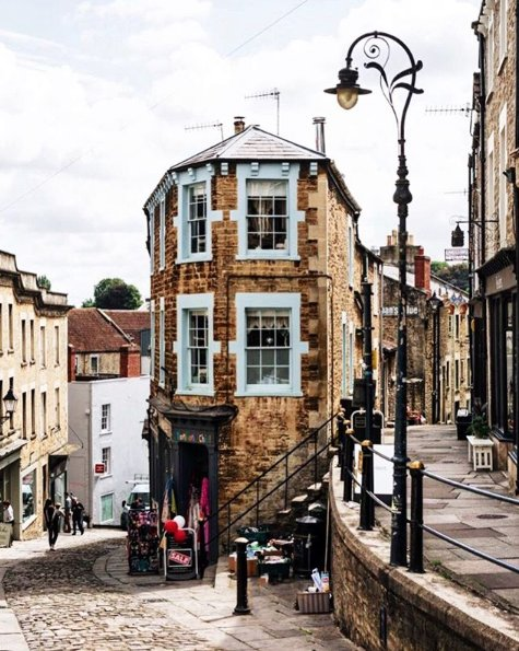 Do you recognise these Somerset towns? ( IG elensham)<br>http://pic.twitter.com/nVUaE1qqQJ