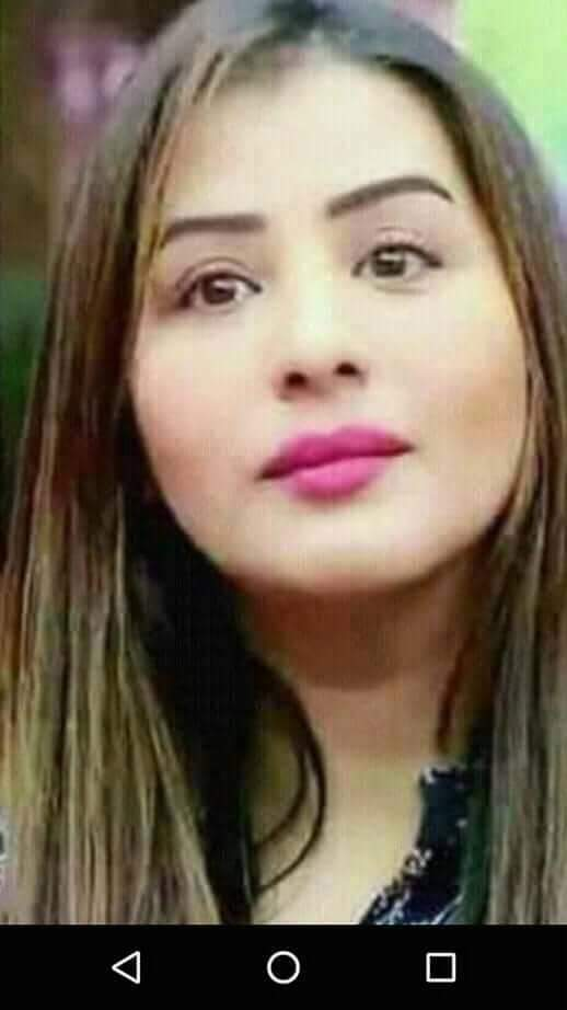 The woman who walks alone is likely 2 find herself in places no1 ever bn b4  being classy is a culmination of being urself, being positive, nd being gud in all d places u can by all d means u cn  Shilpa ma&#39;am I admire you for just d way ur..  #8DaysToShilpaShinDAY #ShilpaShinde<br>http://pic.twitter.com/1vMeS5YpMg