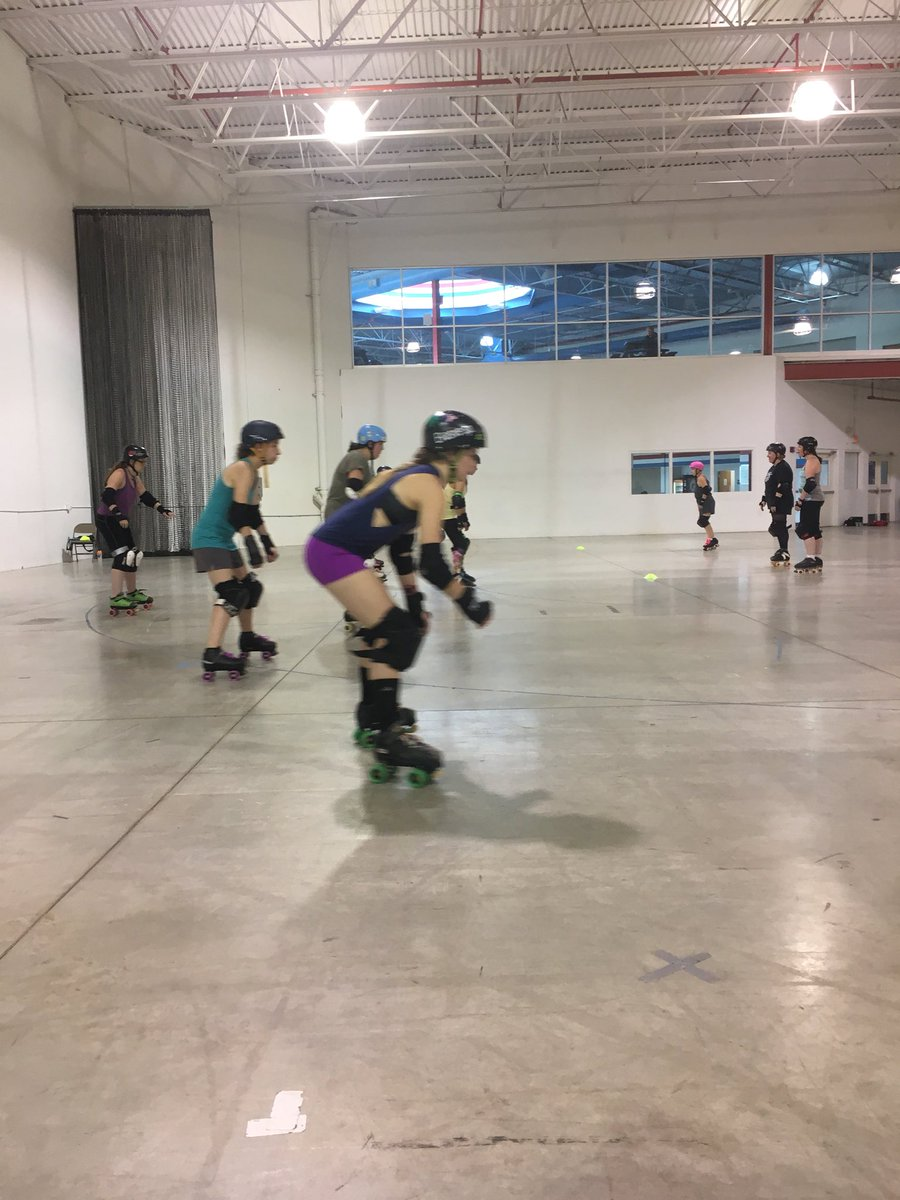 We made so many new friends this weekend! Thanks to all of our newest skaters for joining us. Now, RSVP for our Roller Derby Orientation class, starting September 23! #michiganrollerderby #freshmeat https://www.facebook.com/events/193785831454989/ …