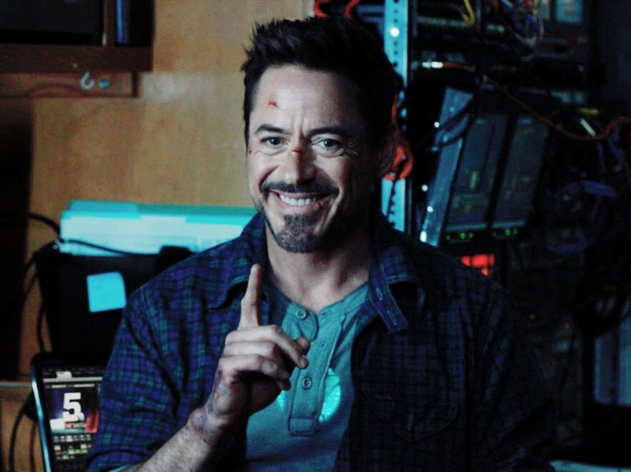 let  tony  stark  be   happy  please  he  deserves  all  the  happiness  in  the  universe   <br>http://pic.twitter.com/DLJ6xnD3YT