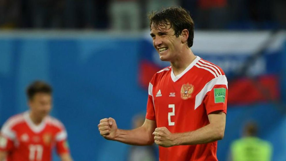 Notable players from CSKA Moscow: Ovr/Pot on FIFA 18 -Mario Fernandes (81/81) -Alan Dzagoev (80/80) -Igor Akinfeev (80/80) -Sergei Ignashevich (77/77)