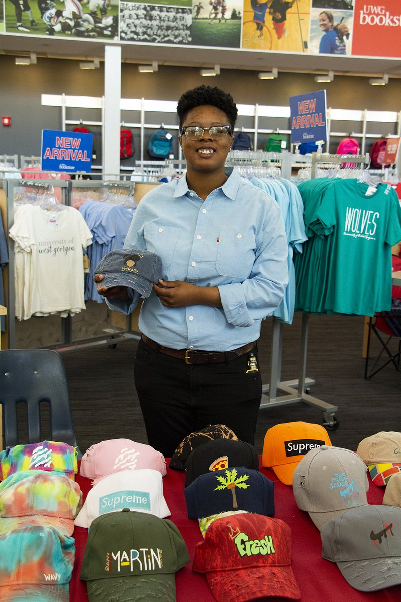 Student Entrepreneurs! This is for YOU. Sign up to sell your items at the #UWG Bookstore in Sept. Application is online:  https:// orgsync.com/166671/forms/3 31404 &nbsp; …   #UWG22<br>http://pic.twitter.com/SQLF9rmyYC