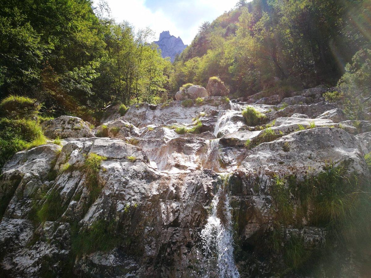 """Paesaggi D Acqua Piscine veneto360 on twitter: """"salti d'acqua cristallina che si"""