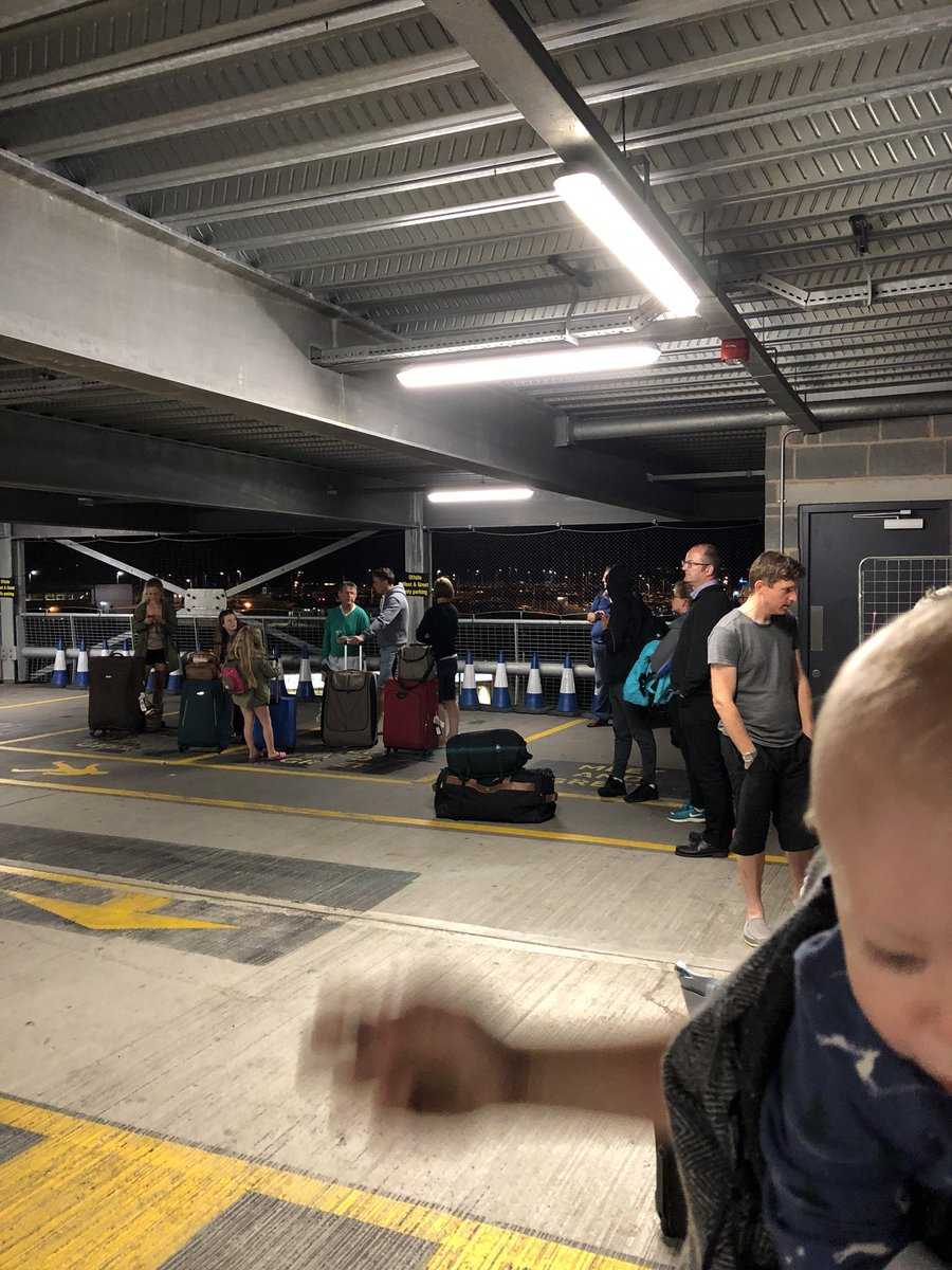 London Luton Airport On Twitter This Is Not One Of Our Booking