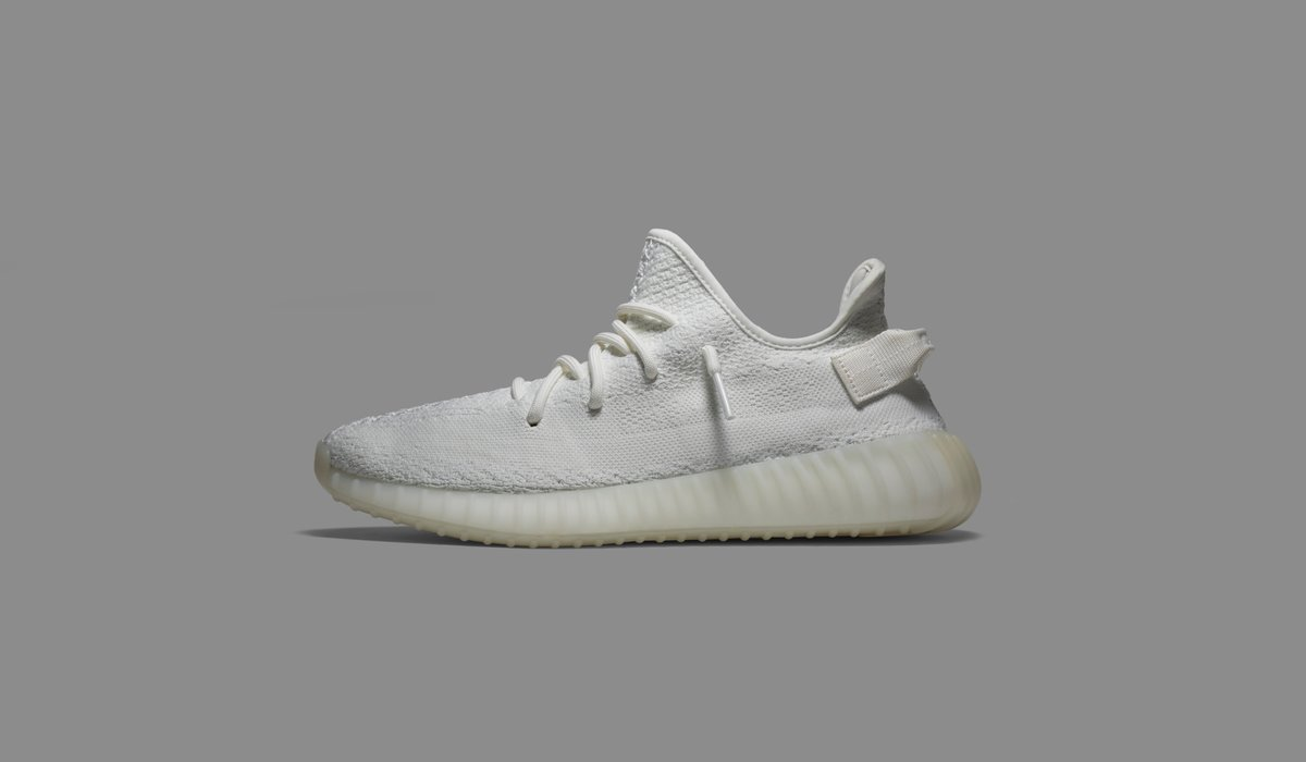 cf595cf08 ...  Cream White  edition of the Yeezy Boost 350 V2. Available on the app  and http   GOAT.com   http   goat.app.link D38z5v3R3J pic.twitter .com jis4ZqdUne
