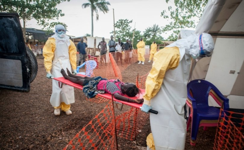 While hot spots of #Ebola virus pop up in Africa, #UNC researchers are finding ways to prevent further disease. Dr. Ralph Baric's lab led the testing of antiviral drug Remdesivir, which is now being used in outbreaks. https://t.co/t1YGgHV6YX https://t.co/7iJsSE94sj