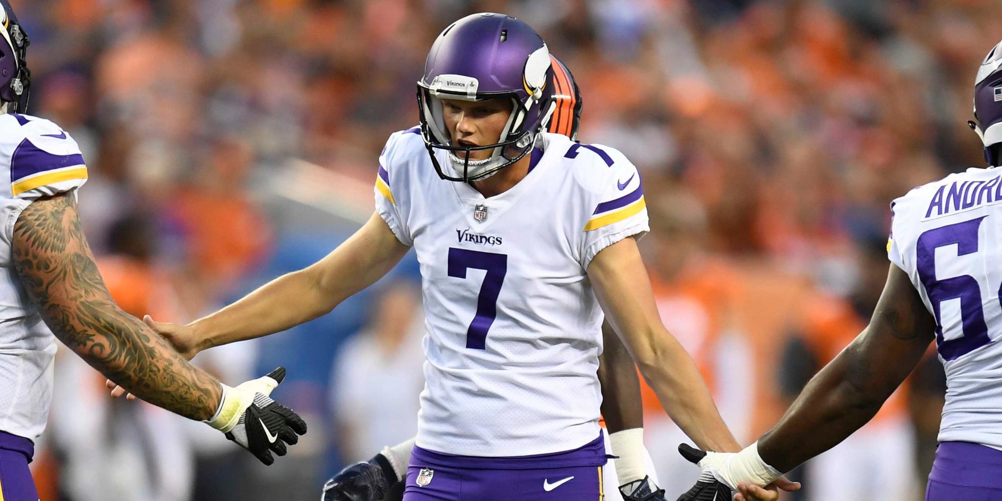 .@Vikings make a choice at kicker, release veteran: https://t.co/PsvHC6kQ0d https://t.co/oPPkecEHJ2