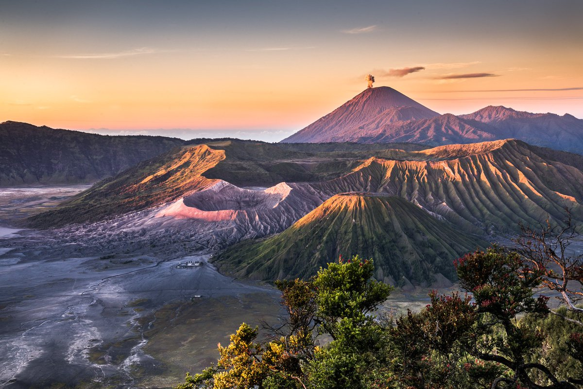 Mount Bromo  #Indonesia <br>http://pic.twitter.com/JujcpDe57q