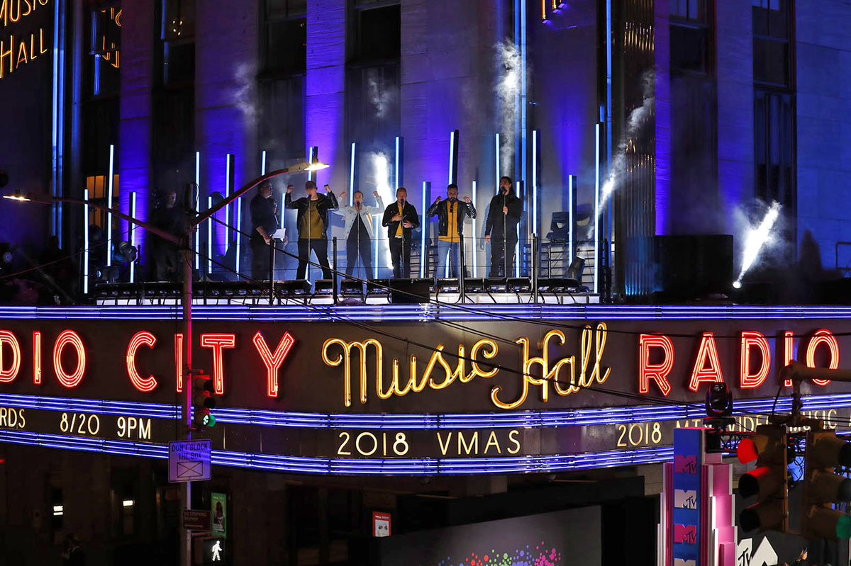 A Larger Than Life performance. #VMAs #VMAsRadioCity (📷: Rebecca Taylor/MSG Photos)