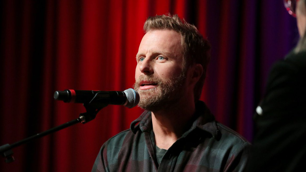 .@DierksBentley celebrated Woman, Amen at his own bar in Nashville. Get details on No. 1 party > ow.ly/Ufm530lufNX