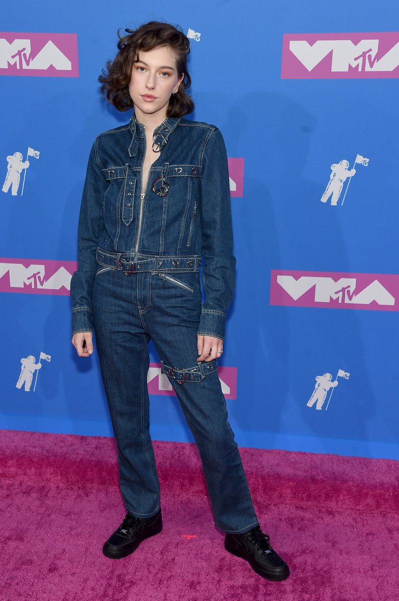 my love @kingprincess69 reigns over the kingdom of jumpsuits bow down bishes and be sure to tune in to the #vmas @ 9/8c on @mtv