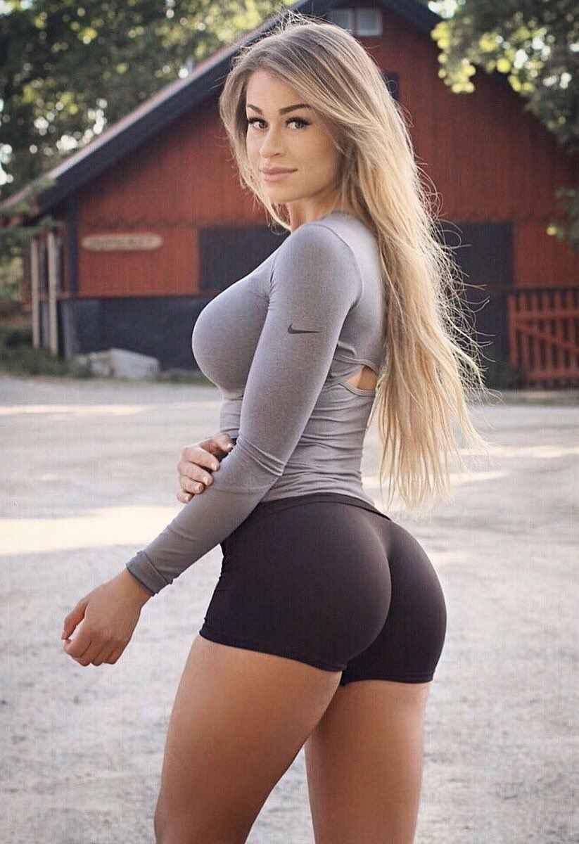 Big boobs and tight asses