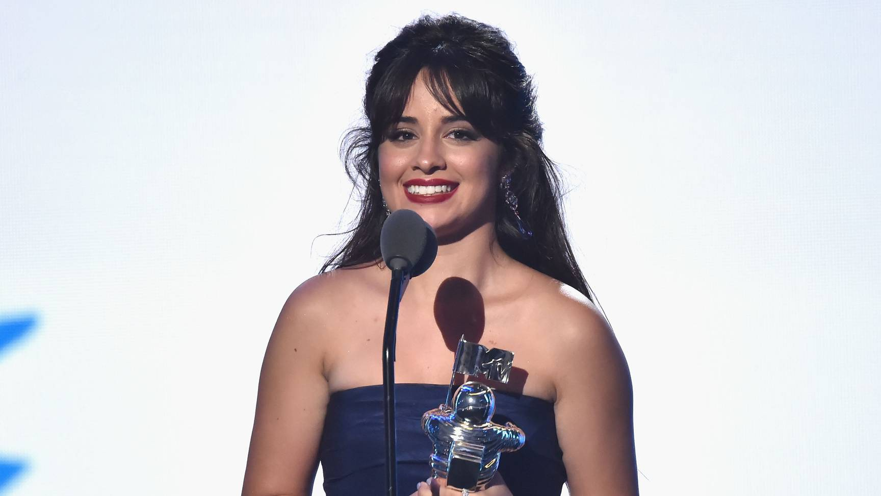 Camila Cabello was adorably flustered during her #VMA speech for Artist of the Year: https://t.co/s9cvxYCA6b https://t.co/yh3Zmenx9b