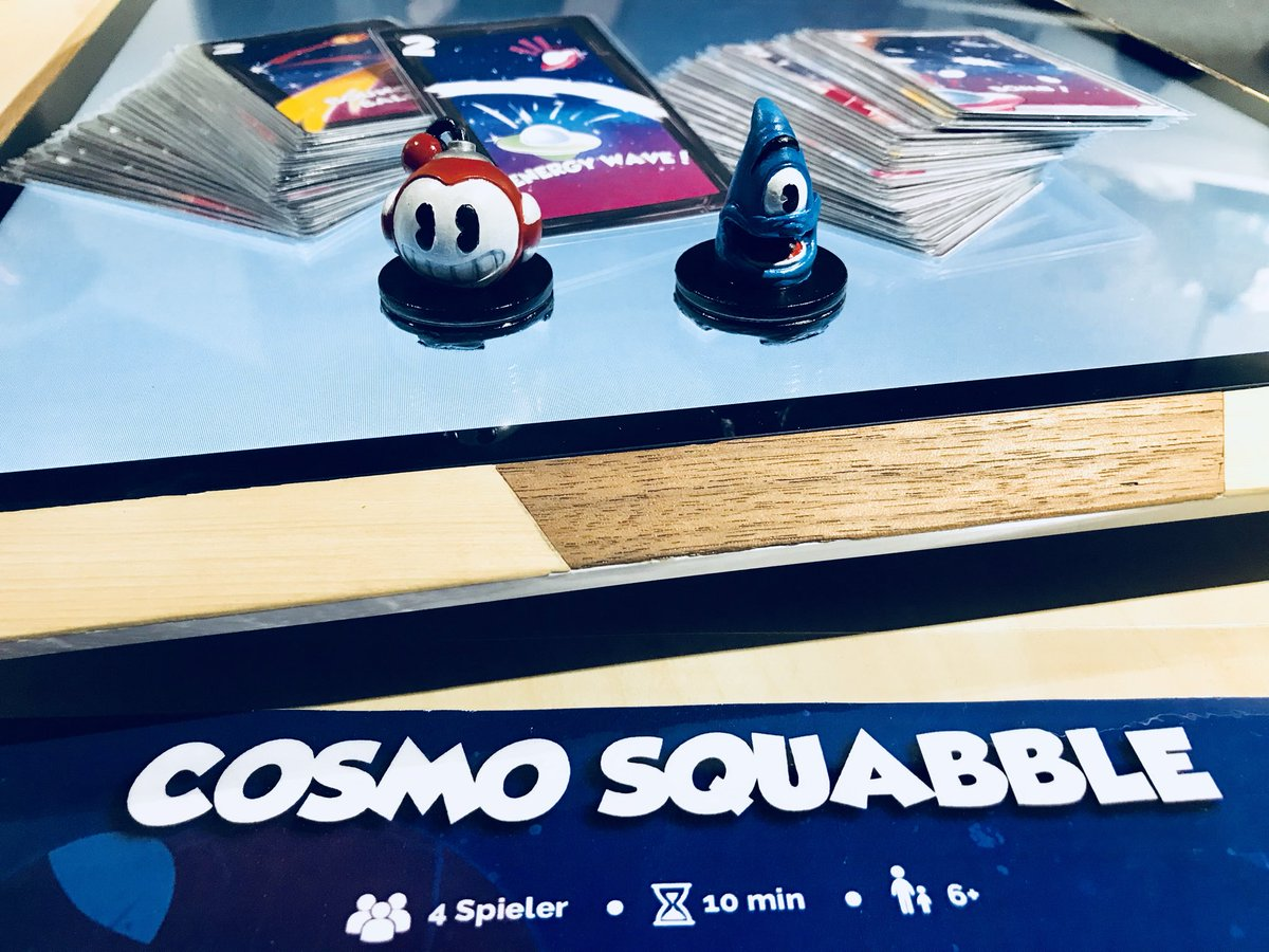 First time in the biggest gaming's european event @gamescom . We are so proud to present our board games console and Cosmos Squabble! Look pawns 😎 Come to @atlangames stand 10.1 E19.  #3Dprinting #BoardGamers #Gamescom2018 #Geek https://t.co/iJOeqJwlA6