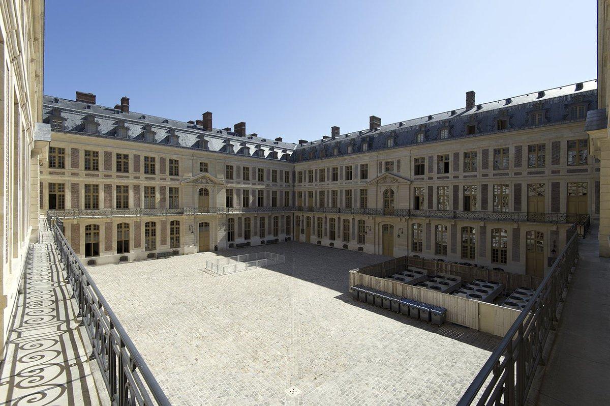 """Twitter पर Chateau de Versailles: """"#VersaillesCoulisses Les 15 et 16  septembre, lors des Journées Européennes du Patrimoine, les portes du Grand  Commun s'ouvrent à vous ! Cet imposant bâtiment, conçu par Jules"""
