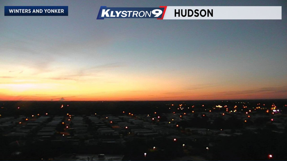 Juli Marquez: Its a nice start to our day! Just a few clouds across the #TampaBay region. Sunrise is coming up at 7:03. #flwx