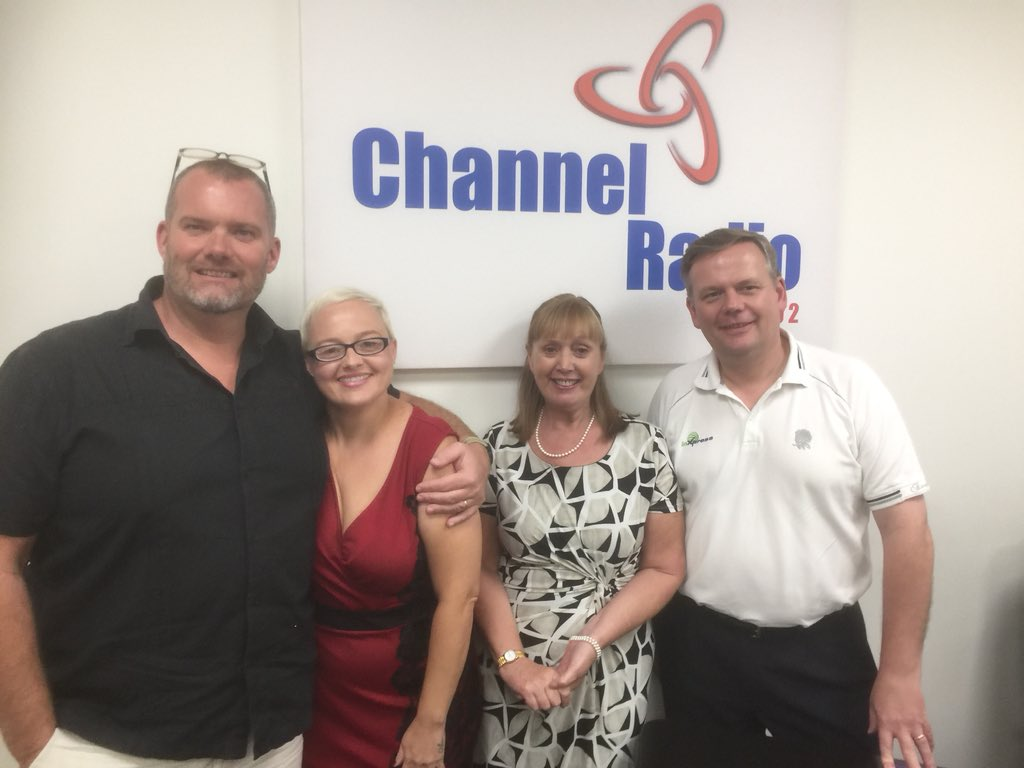 Listen Again to #BBunker Radio Show with @martinpaulwhite &amp; guests Vicki @LadyBugFPC Jo @InvictaChamber @Kent_B2B Julian @InXpressInvicta Show Sponsor @o_a_sys  http://www. kentbusinessradio.co.uk/show-391  &nbsp;  <br>http://pic.twitter.com/KQwXrUOs85