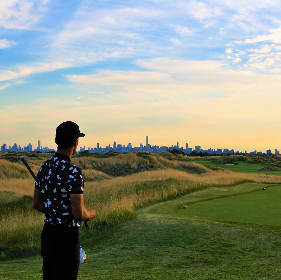 In a New York state of mind at @TrumpFerryPoint. Shop our Ferry Point collection inspired by the Bronx course here: bit.ly/TrumpStoreFerr…. #TrumpStore #TrumpGolf #TrumpFerryPoint