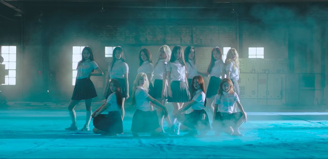 Stan LOONA, the meme sparked by Korean girl group @loonatheworld, explained https://t.co/252fU6F0mT