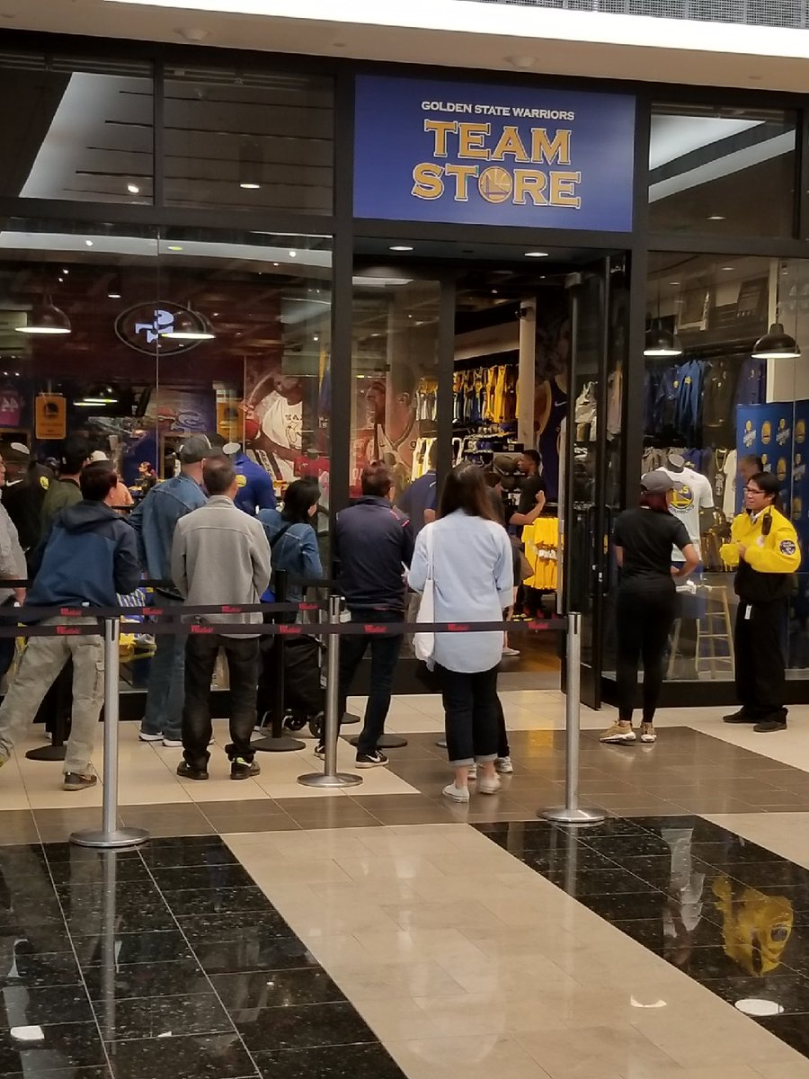bd6ad899 Warriors Team Store on Twitter: