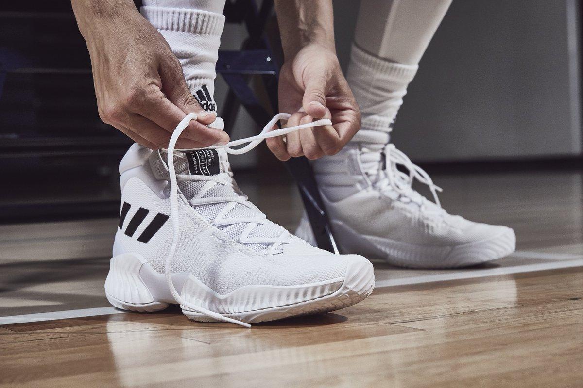 adidas Pro Bounce 18 Shoes Porziņģis White | adidas Philipines