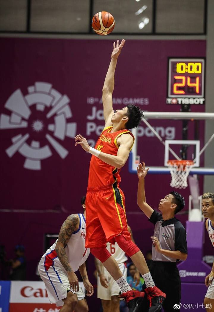 �� performance for @officialzhouqi at the #AsianGames2018   �� 25 Points  �� 12 Rebounds  �� 7 Blocks https://t.co/Xq2IE95RK5
