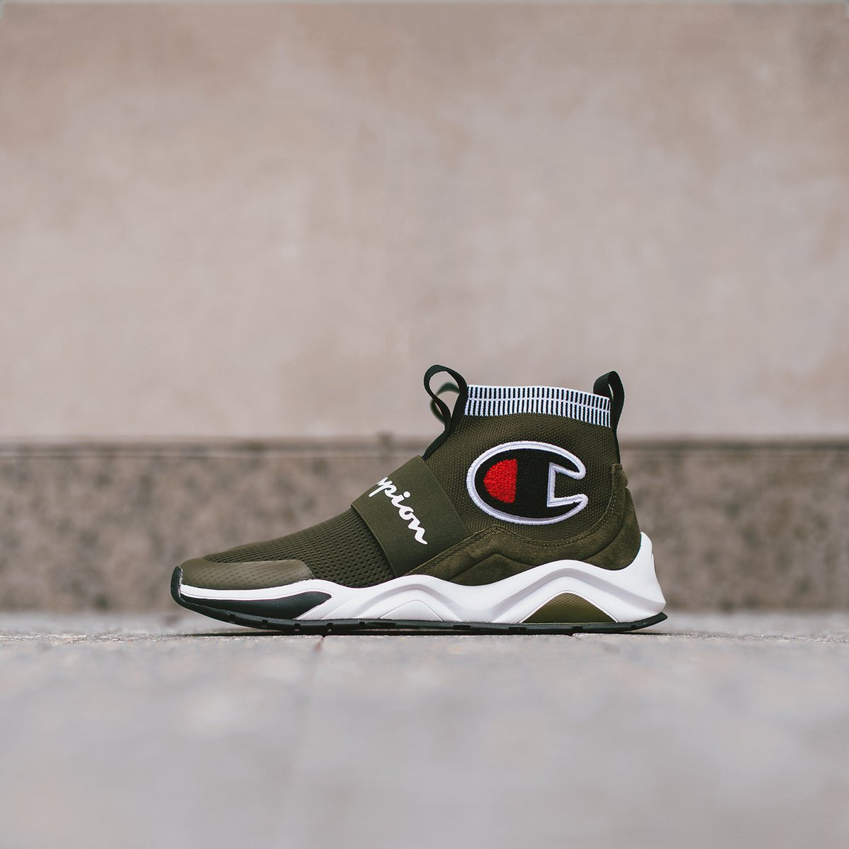 fc91c154d65e4 The Men s Champion Rally Pro is on the RISE!!! Have you grabbed your pair  yet!  Don t miss out and cop your pair today here  https   goo.gl DhyFoQ ...