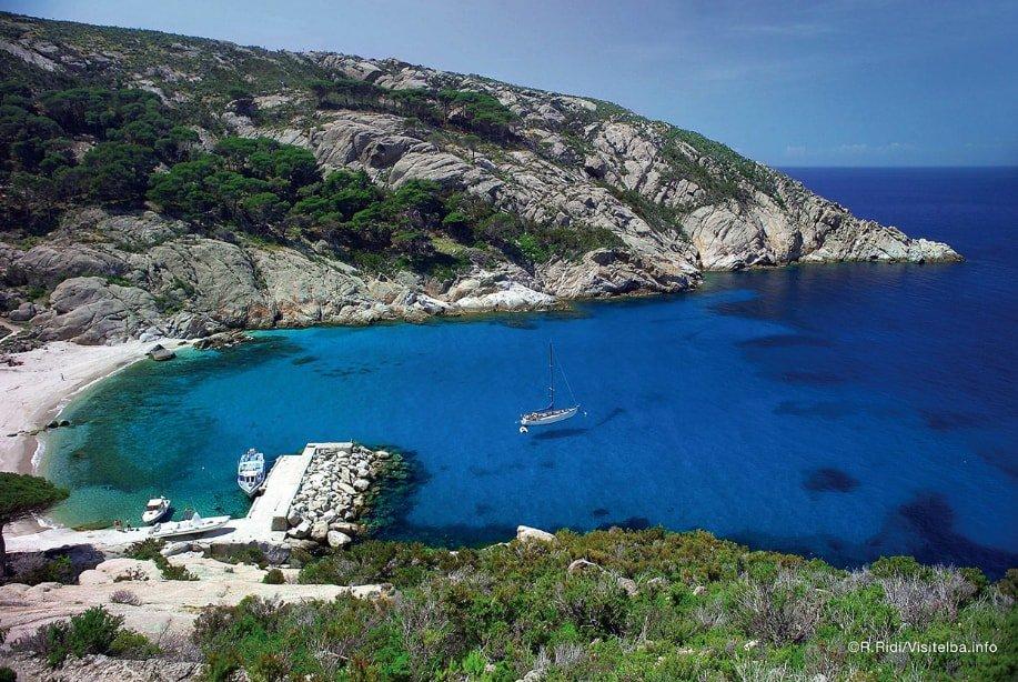 первое фото остров монте кристо фото что нужно для