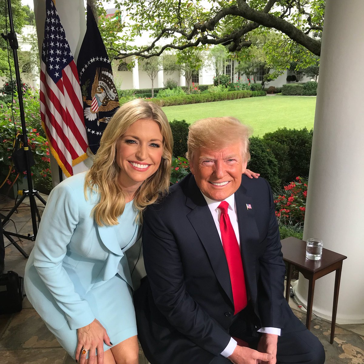 Ainsley Earhardt  - 🚨 TUNE IN A twitter @ainsleyearhardt