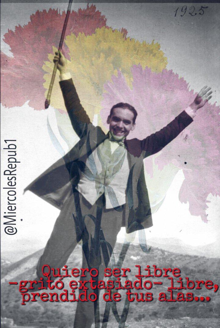 #SiempreIIIRepública En la bandera de la libertad ❤💛💜 bordé el amor más grande de mi vida #Lorca