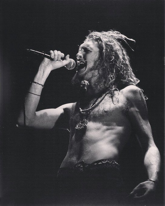 Happy Birthday Layne Staley. You ve influenced us in so many ways, you went too soon.