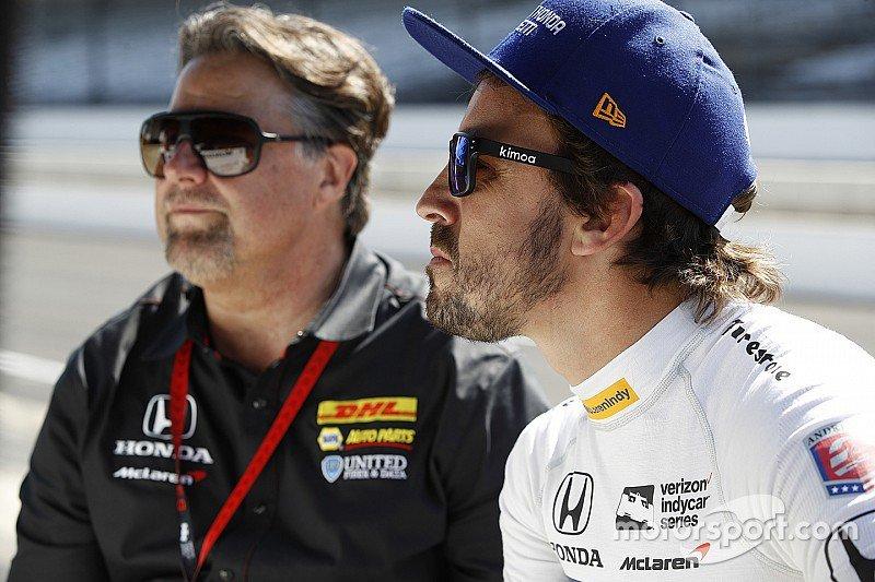 #McLaren 'no confirma' la entrada a la #IndyCar ni el test de @alo_oficial https://t.co/PlKbGk3EtG #FA14 https://t.co/Obo006LsbH